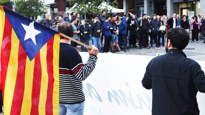 "Gure Esku Usurbil: ""Larrialdi demokratiko batean gaude"""