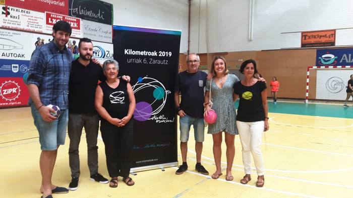 Usurbil K.E., Zarauzko Kilometroen aldeko Euskal Herriko Eskubaloi Topaketan