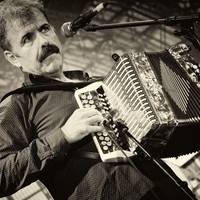 Kultur Bira: Joseba Tapiaren kontzertua