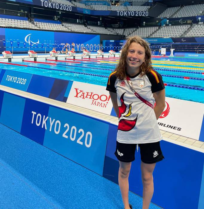 Nahia Zudaire Borrezo, podiumaren atarian Tokion