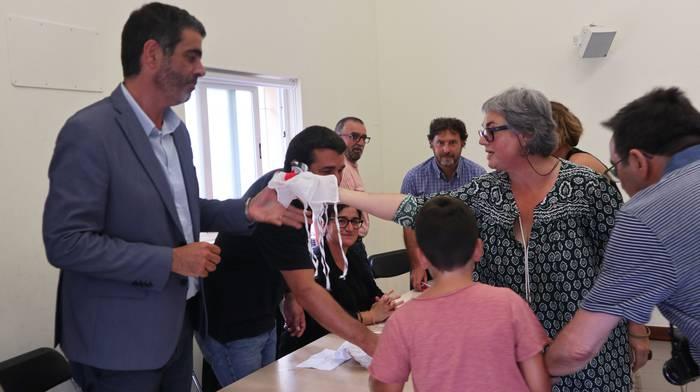 Errausketaren aurkako aldarri artean hartu zuten zubietarrek Donostiako alkatea