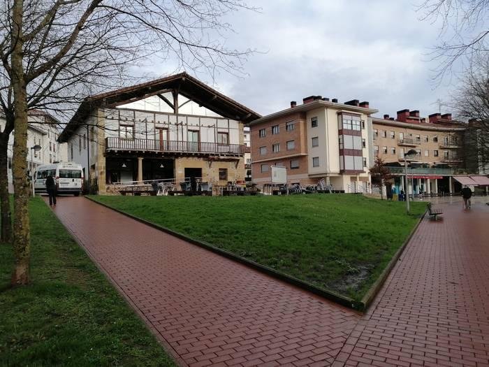 Eremu gorrian diren EAE-ko 66 udalerrien zerrendan segitzen du Usurbilek