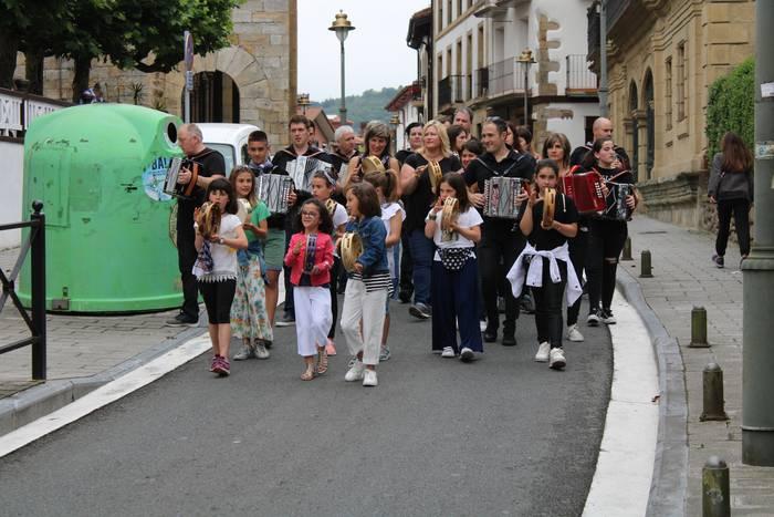 Euskal Herriko 1. Trikitixa bazkaria azaroaren 16an