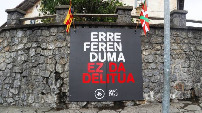 Kataluniako buruzagi independentisten aurkako epaia kaleratzear, mobilizazioei adi egoteko deia egin du Gure Eskuk