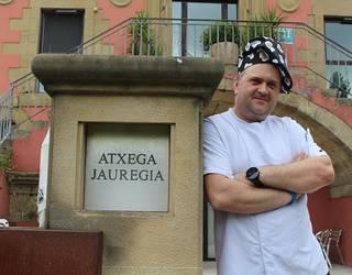 """Atxega jauregia: """"Bonuak oso lagungarriak izan dira"""""""