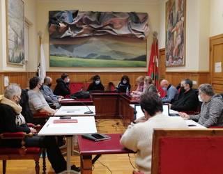 Euskal presoak hurbiltzearen alde EAE-ko 125 udalbatza, Usurbilgoa tartean