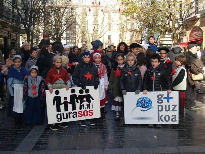Otsaila amaierarako manifestazioa deitu du GuraSOSek Donostian